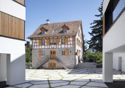 Wohn und Geschäftshaus, Schmid Fenster Manufaktur
